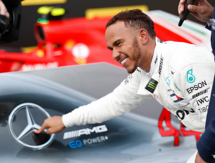 Mercedes F1 Team Extends Lewis Hamilton Contract Two More Years