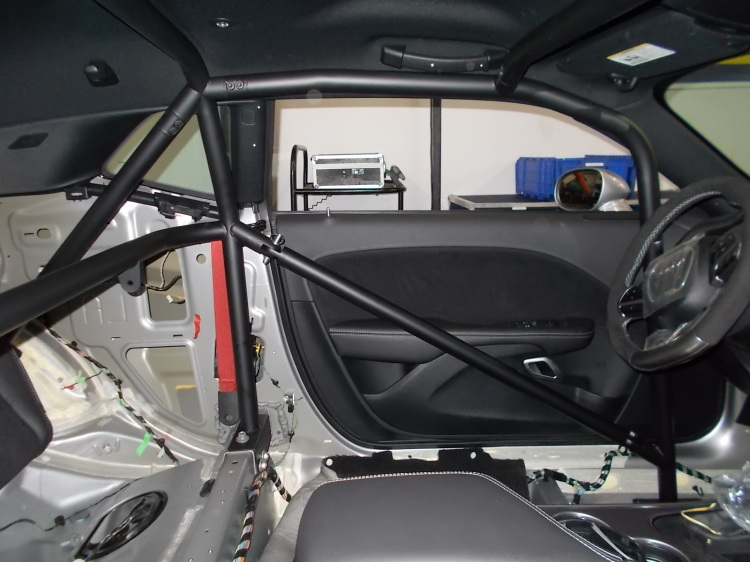 6 Point Drag Roll Cage - Dodge Challenger/Hellcat/Demon