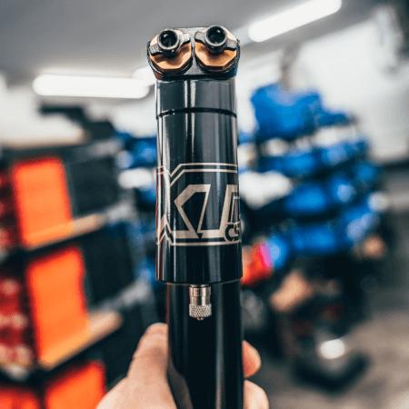 XT Series Quadruple Adjustable Shock