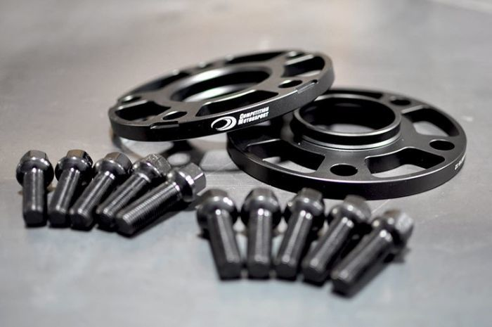 McLaren Racing Wheel Spacers 5x130 (14x1.5 Lug Bolts)